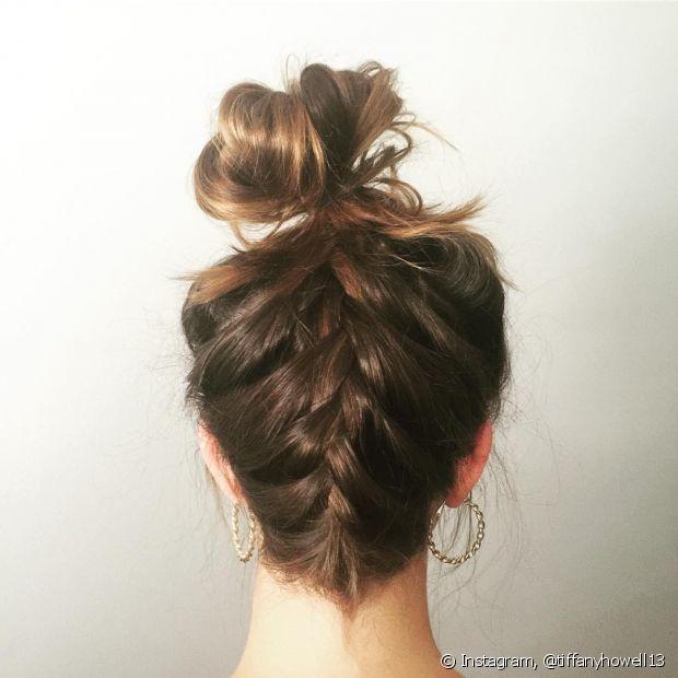 O look é ótimo para inovar o penteado do dia a dia!
