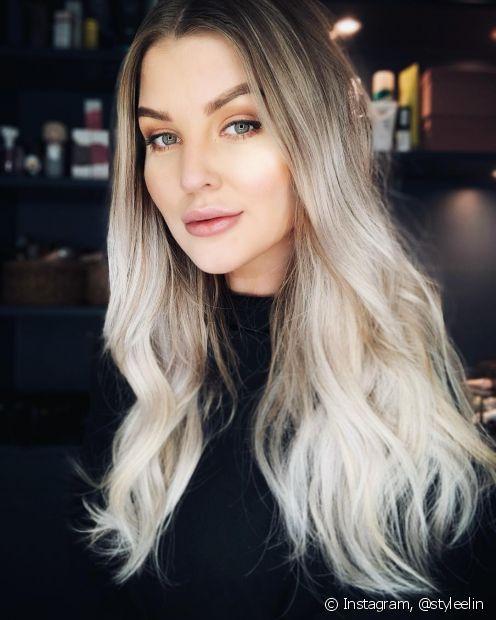 O cronograma de cuidados no pós coloração é muito importante para que seus cabelos fiquem lindos e saudáveis com o novo tom platinado