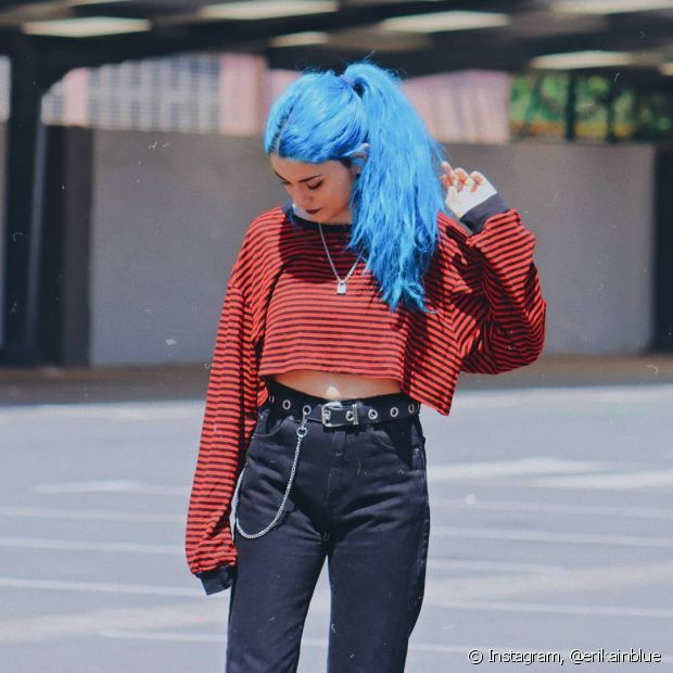 O cabelo azul turquesa combina com todos os estilos (Foto: Instagram, @erikainblue)