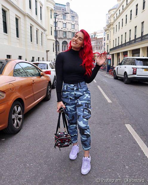Quer saber como evitar o desbotamento dos fios vermelhos? Confira as dicas do Fique Diva para manter o seu tom sempre em dia! (Foto: Instagram, @laibazaid)