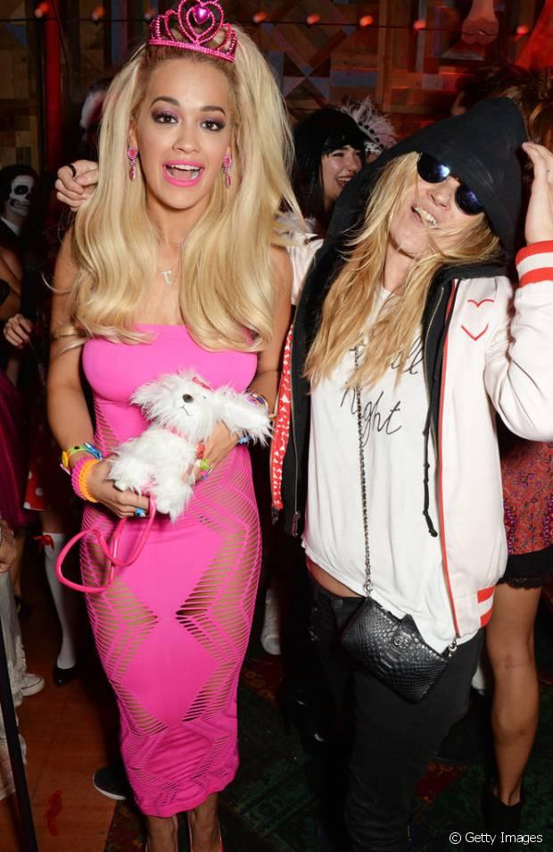 Rita Ora e Kate Moss se divertiram fantasiadas de Barbie e Cara Delevingne em 2014