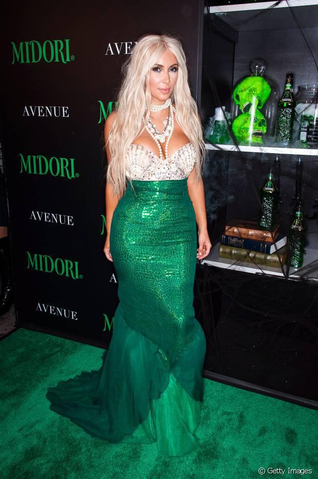 Em 2012, Kim Kardashian se vestiu de sereia sexy no Halloween