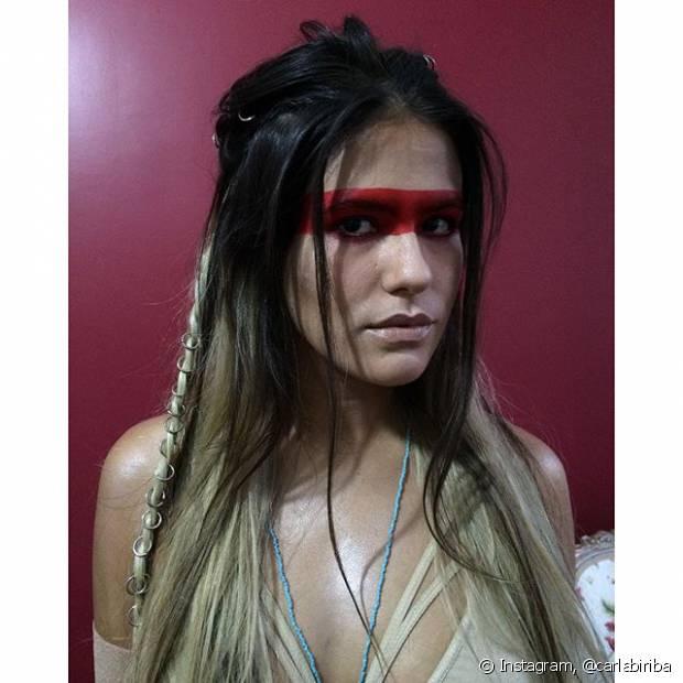A atriz Antonia Moraes fantasiada de índia