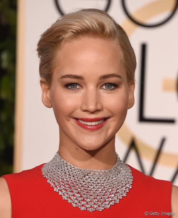 Jennifer Lawrence também aderiu ao visual em seu bob hair