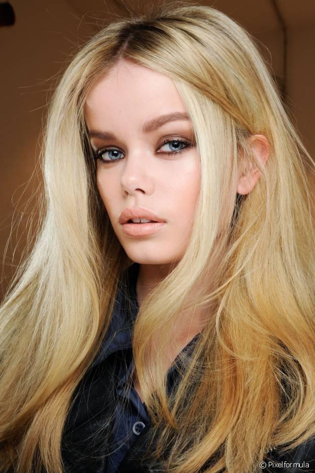 Meninas de pele e olhos claros podem apostar sem medo no 10.0 Louro Ultra Claro