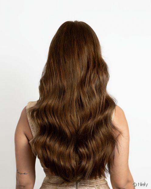 A carga de proteínas deixa os cabelos mais encorpados, macios e ajuda a prevenir quebra e pontas duplas