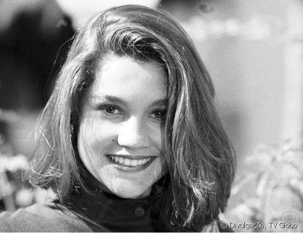 Na novela 'Mico Preto' (1990), Flávia Alessandra apareceu com um bob hair