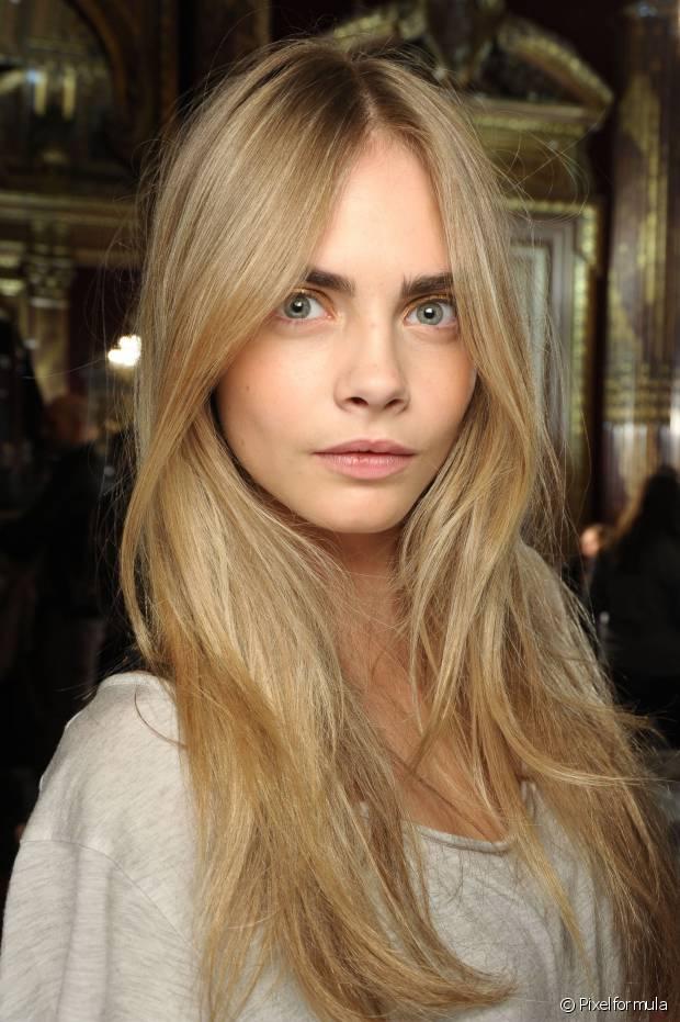 O leave-in é indispensável após lavar o cabelo, pois ele ajudará a proteger a nova cor do desbotamento causado pelo sol