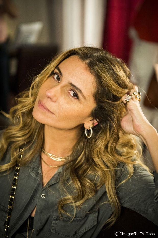 Giovanna Antonelli ainda está com mechas loiras
