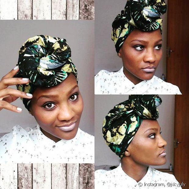 Uma das maiores vantagens do turbante é variedade de amarrações que você pode criar com o lenço