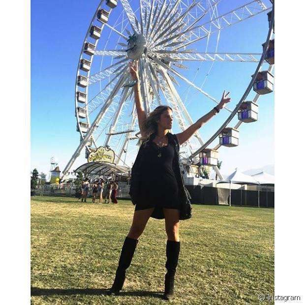 As famosas e blogueiras capricharam nos looks para curtir o festival Coachella, na Califórnia, nos Estados Unidos