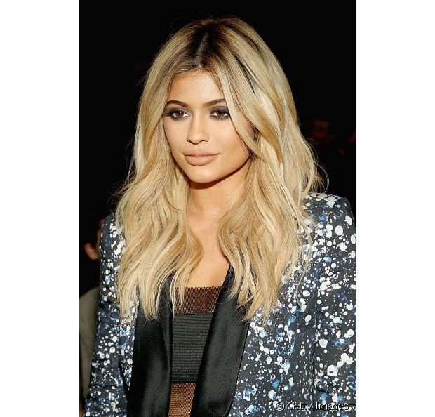 A caçula do clã Kardashian, Kylie Jenner, é uma camaleoa e já teve as madeixas repicadas em um dos seus inúmeros visuais