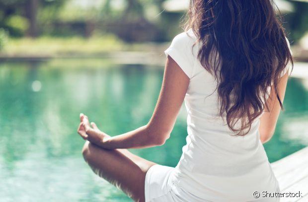 A meditação alivia o estresse, relaxa o corpo e a mente, além de diminuir a depressão