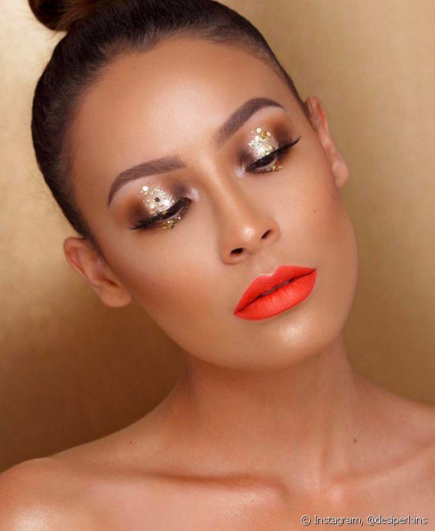 O glitter na maquiagem é ótimo para quem gosta de um efeito poderoso