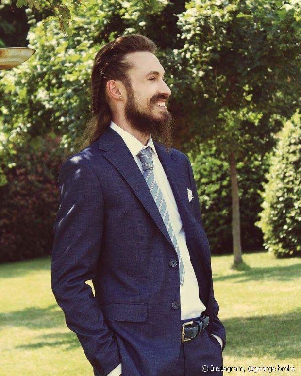 A trança masculina é um penteado bonito para ser usado em qualquer ocasião
