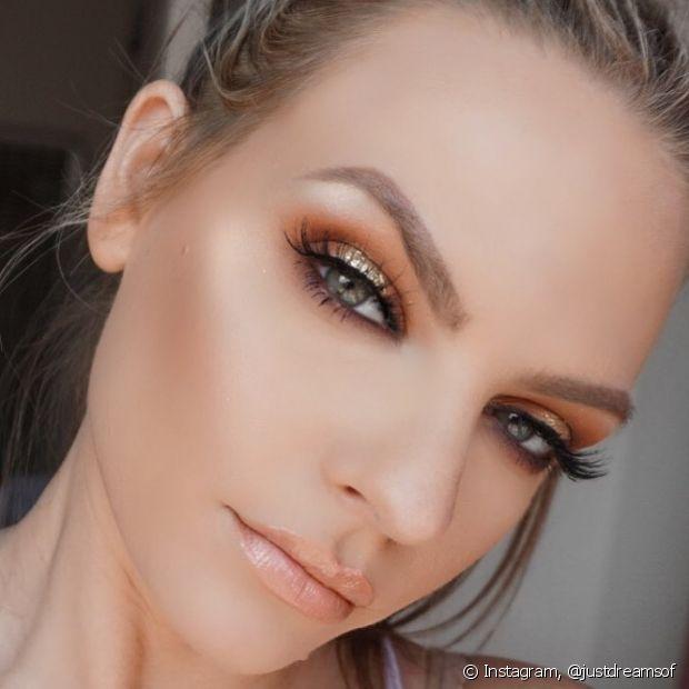 O efeito halo deixa os olhos com aparência mais arredondada
