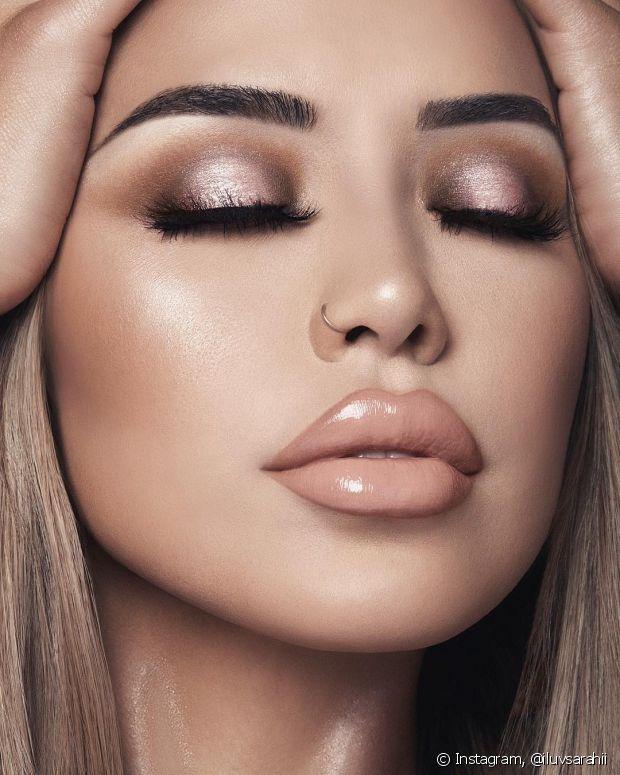 A sombra halo é a nova tendência entre as amantes de maquiagem