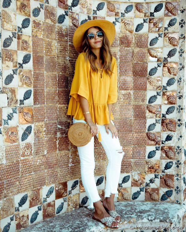 Que tal usar o amarelo até mesmo em um look mais casual