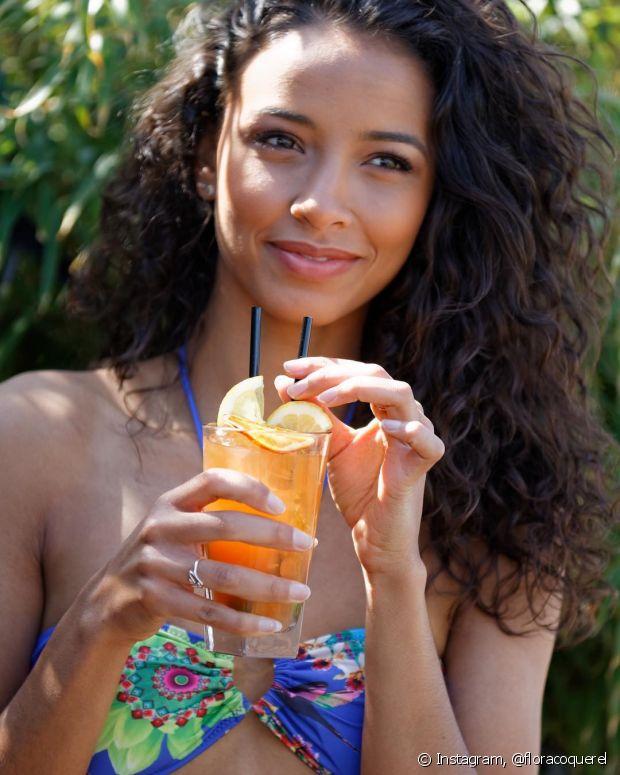 Alguns alimentos ajudam a acelerar o metabolismo e reduzir o inchaço