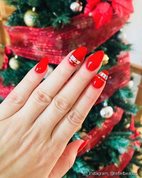 Se você faz sua própria manicure e não tem muita intimidade com os desenhos e nail arts, aposte em um look mais básico e escolha cores que simbolizem a data