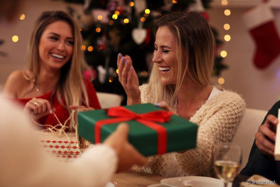 O amigo-oculto, em diferentes versões, é típico do Natal