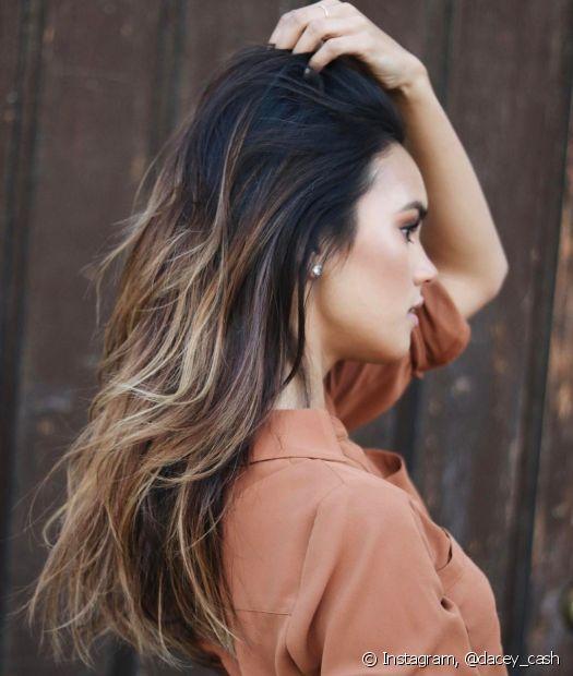 Se você possui alisamento nas suas madeixas, evite usar o shampoo antirresíduos
