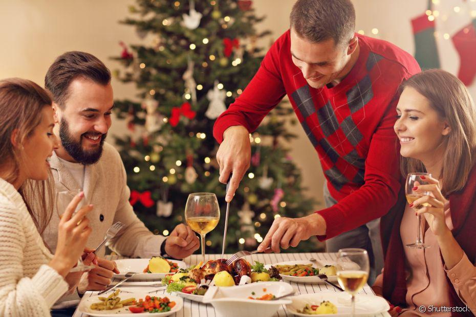Use os talheres e a louça que você costuma guardar para as ocasiões especiais