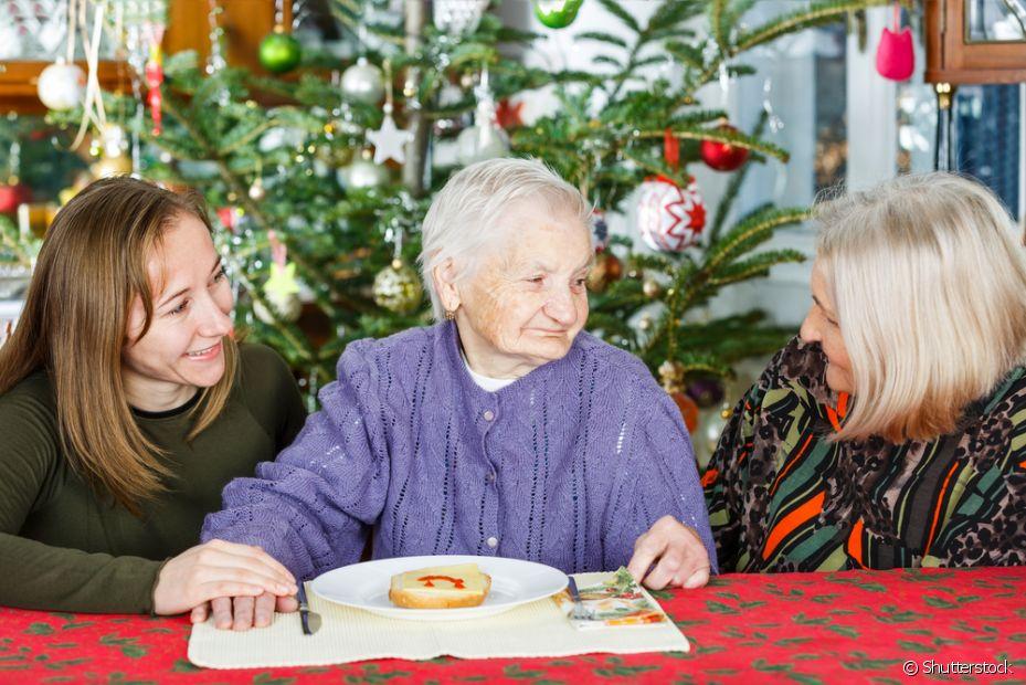Arrumar a mesa para o Natal é um gesto de carinho para os convidados