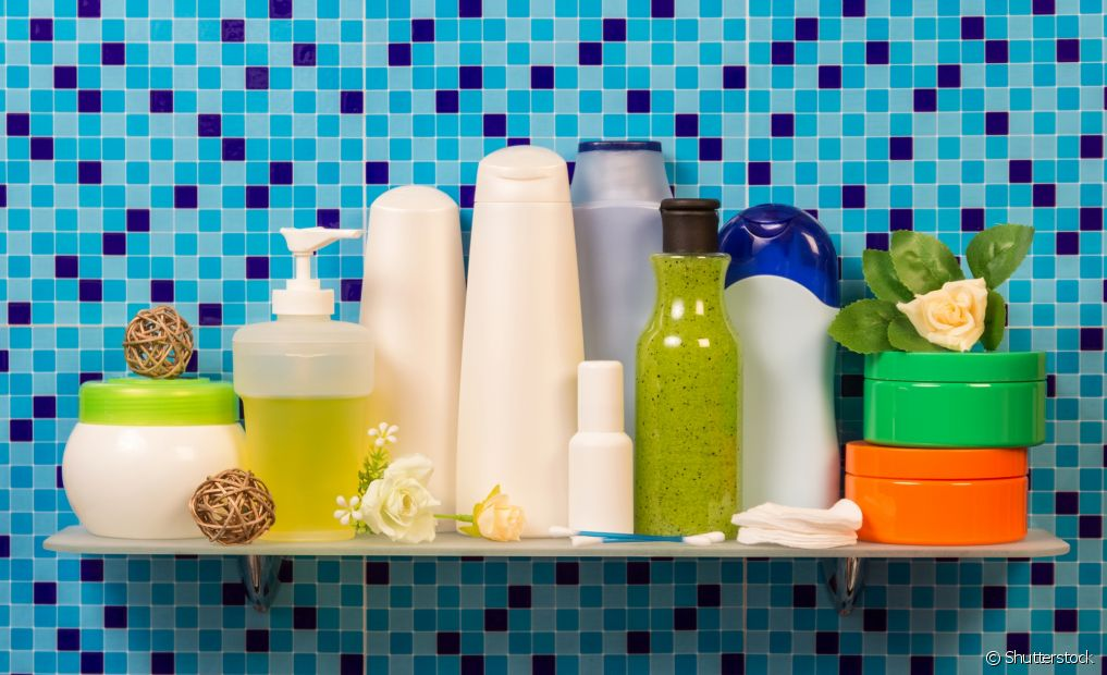 O maior foco das cacheadas acaba ficando na escolha dos shampoos, máscaras de tratamento e finalizadores, mas os condicionadores também são muito importantes para os cachos