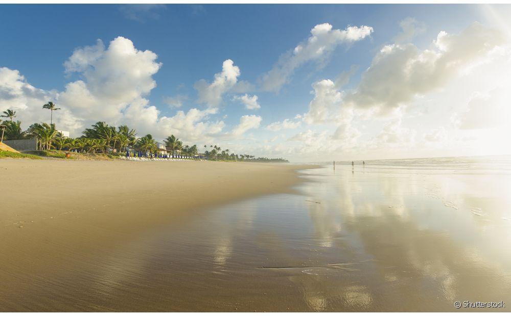 Em Porto de Galinhas, em Pernambuco, a água é quentinha e o mar forma piscinas naturais na maré baixa