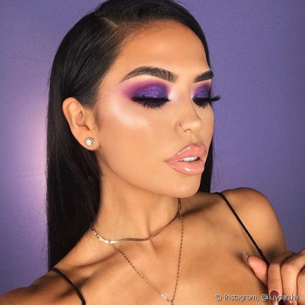 Ultra Violet é a cor do ano e pode ser incorporada na sua maquiagem de Carnaval