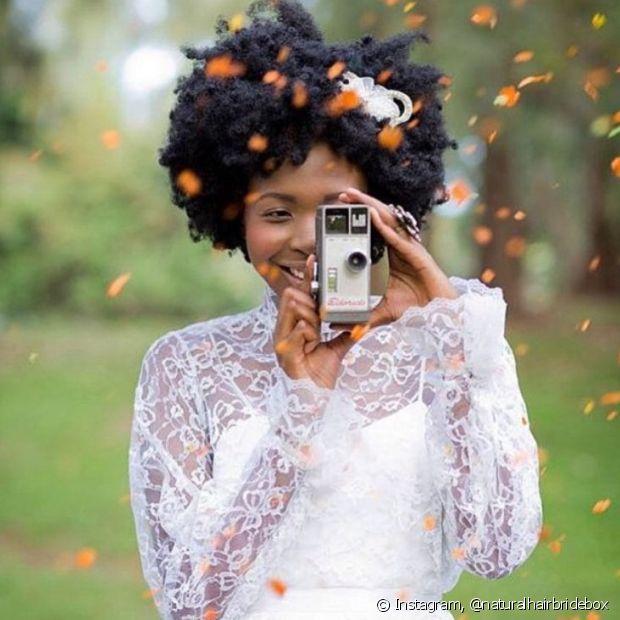 Divirta-se com a sua beleza natural no dia do seu casamento e arrase com o seu black power