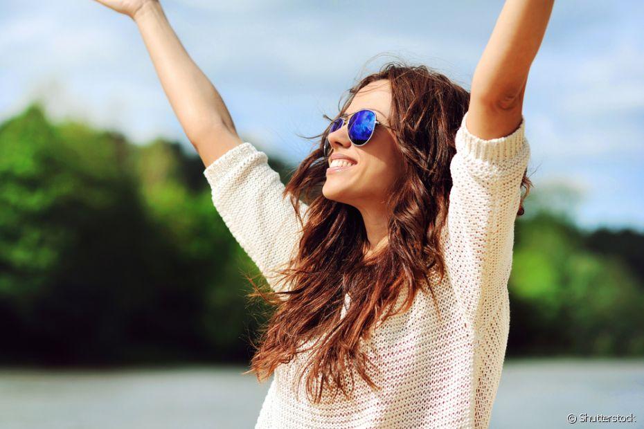 Mulheres podem ser felizes sozinhas ou acompanhadas. Não estar em um relacionamento não é motivos para dramas, ok?