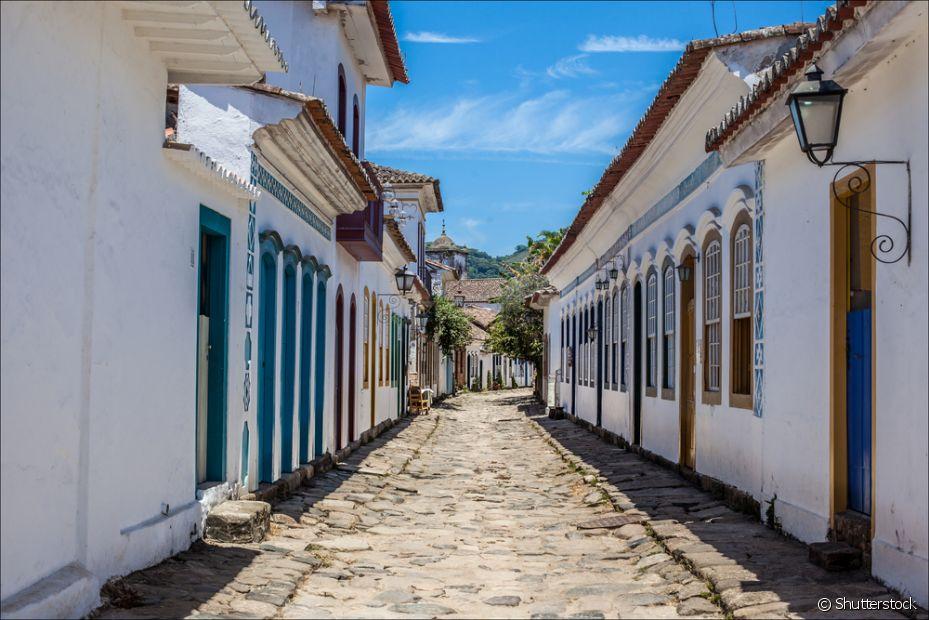 Paraty, no Rio de Janeiro, é um destino tranquilo e histórico