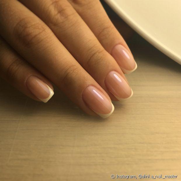 As unhas de fibra de vidro são uma boa opção para quem não tem tempo de ir à manicure com frequência