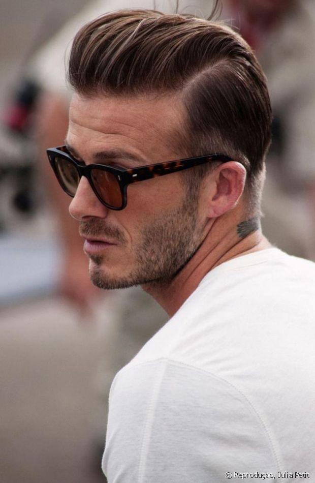 Se tem um corte de cabelo que tem feito a cabeça dos homens estilosos como David Beckham é o Razor Part, que significa, em português, 'divisão feita por navalha'