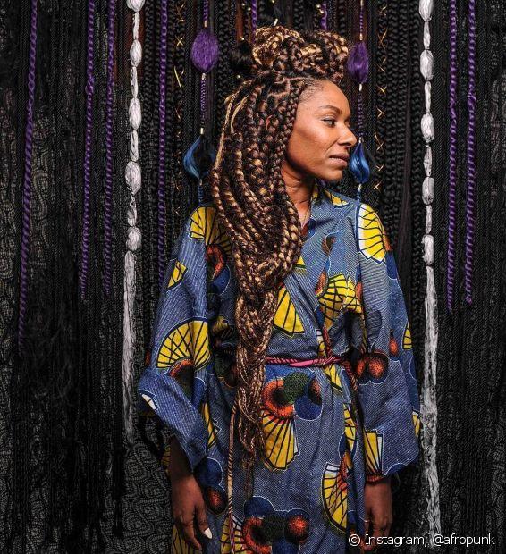 Penteados diferentões e muito estilo fazem parte da essência do afropunk