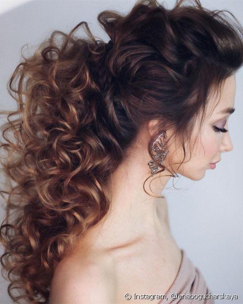 Penteados para noivas: conheça as principais tendências de cabelo para casamento 2021. (Foto: Instagram @lenabogucharskaya)