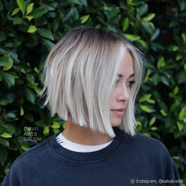 O cabelo chanel de bico é uma versão super moderna e despojada do corte clássico (Foto: Instagram @salsalcedo)