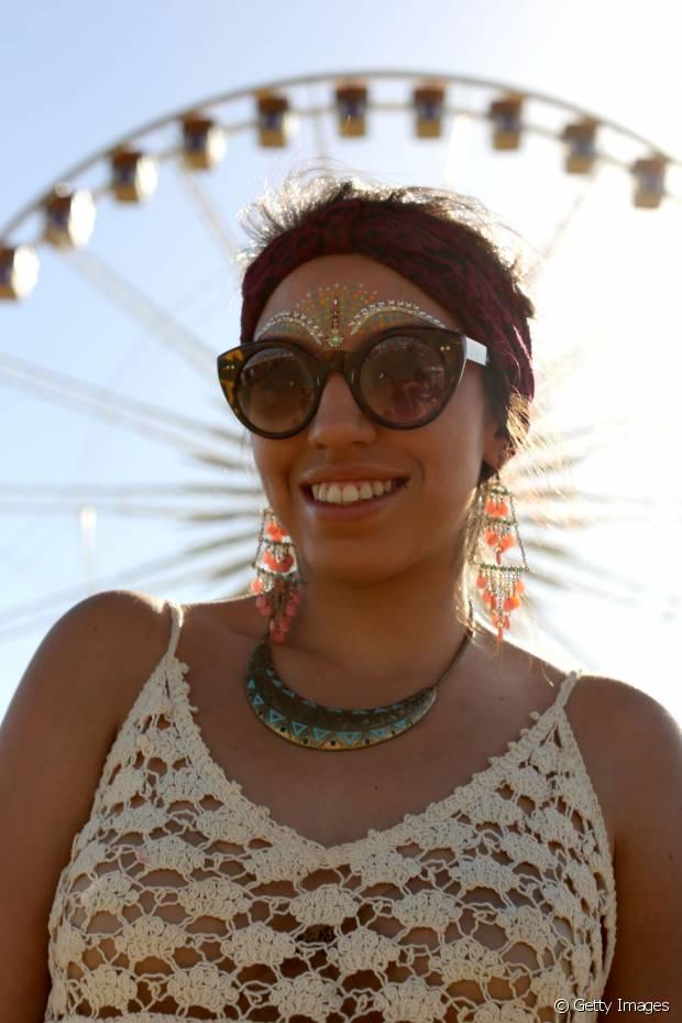 Alguns leave-ins também têm filtro UV, garantindo fios 100% protegidos durante o festival de música