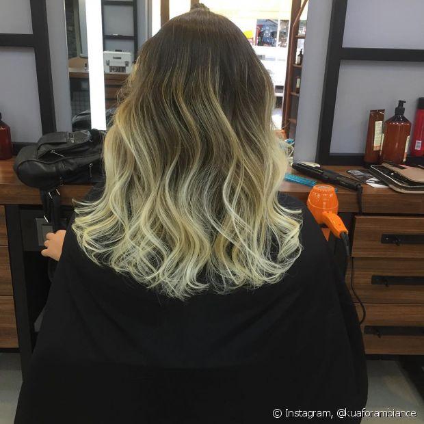 O ombre hair loiro também pode ser platinado