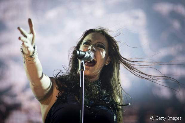 Floor Jansen é a musa gótica e cheia de carisma que assume os vocais do Nightwish. No Rock in Rio 2015, a banda se apresentou no Palco Sunset