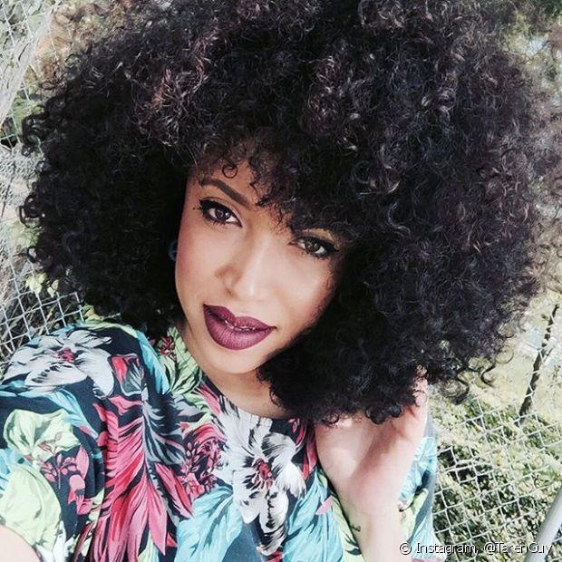 Cuidar do cabelo é mesmo uma missão para divas! Além da dedicação e paciência serem fundamentais, você também precisa conhecer bem suas madeixas para saber quais tratamentos elas necessitam