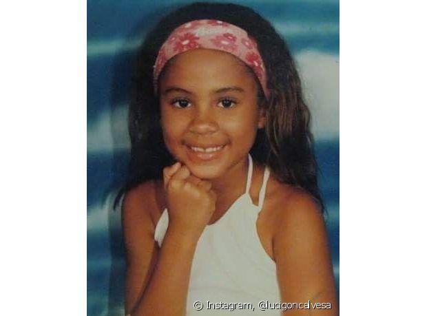 Com 5 anos de idade, Luci fez o primeiro relaxamento nos cabelos