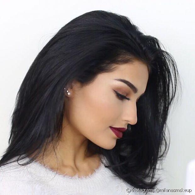 Os cílios postiços fazem toda diferença na hora de fazer a maquiagem