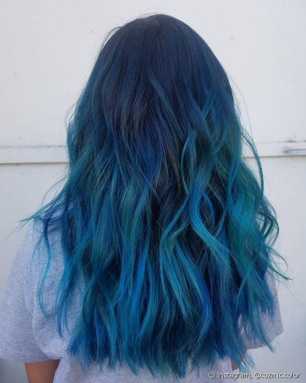 O cabelo oceano fica ainda mais estiloso com os fios texturizados com babyliss