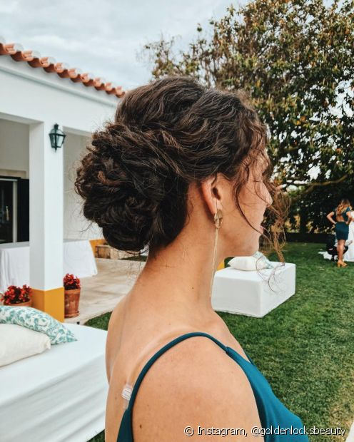 O coque é o tipo de penteado que não tem erro!