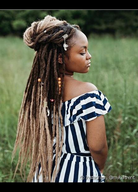 Os dreads sintéticos combinam com todos os tipos de rosto e têm modelos para todos os gostos (Foto Instagram: @mykeltrent)