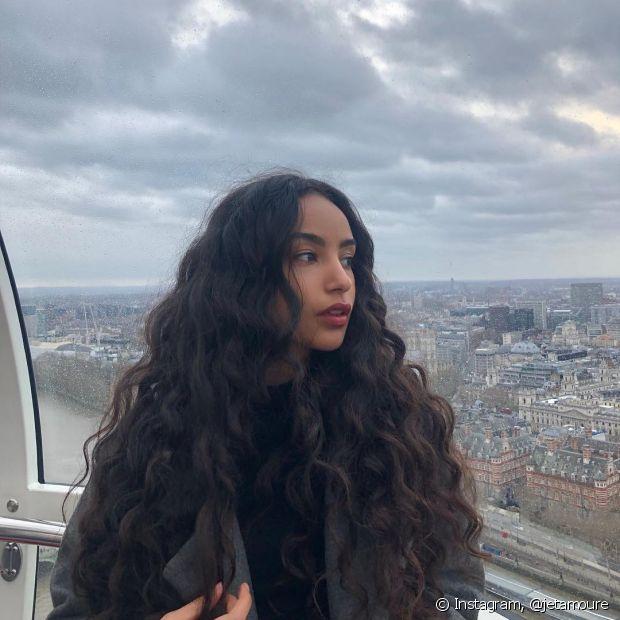 O projeto Rapunzel é o sonho de muitas divas que querem conquistar os cabelos compridos (Foto: Instagram, @jetamoure)