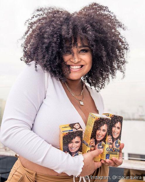 Integrante do novo Clube de Influenciadoras da Niely, Rízia Cerqueira conta a importância do dia da Consciência Ngera para ela (Foto: Instagram, @riziacerqueira)